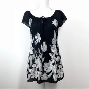 Dressbarn Black White Floral Swing Tunic Top L